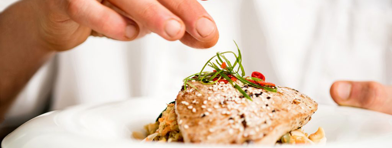 Taste Spain´s delicious flavours with our gastronomic experiences.
